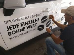 Slogan auf dem Opel Mokka